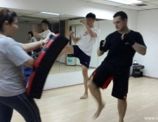 kickboxing-for-exercise-2
